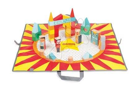 Drevené kocky na podložke Cirkus Kubix Janod v rôznych tvaroch od 24 mes