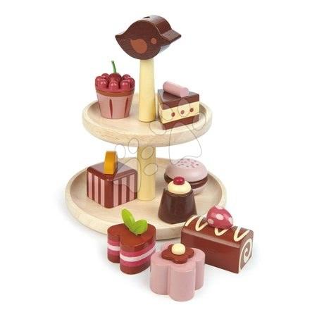 Drevené čokoládové torty Chocolate Bonbons Tender Leaf Toys so stojanom a voňavými zákuskami