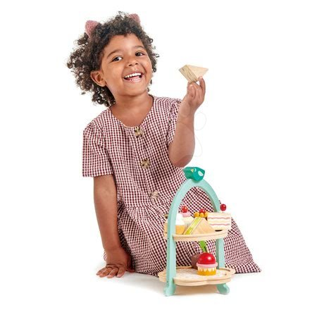 Drevené kuchynky - Drevená cukráreň Birdie Afternoon Tea stand Tender Leaf Toys so zákuskami a sendvičmi_1