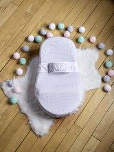 Hračky pre bábätká - Hniezdo na spanie Cocoonababy® pre bábätká Leaf Red Castle 0-4 mesiacov s doplnkami šedé s lístočkami_2