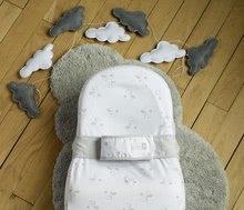 Hračky pre bábätká - Hniezdo na spanie Cocoonababy® pre bábätká Dreamy Cloud Red Castle 0-4 mesiacov s doplnkami s obláčikmi_2