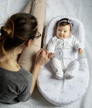 Hračky pre bábätká - Hniezdo na spanie Cocoonababy® pre bábätká Dreamy Cloud Red Castle 0-4 mesiacov s doplnkami s obláčikmi_8