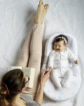 Hračky pre bábätká - Hniezdo na spanie Cocoonababy® pre bábätká Dreamy Cloud Red Castle 0-4 mesiacov s doplnkami s obláčikmi_10