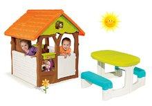 Set domček Máša a medveď Smoby s kvetináčom a stôl Piknik s úložným priestorom od 2 rokov