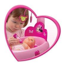 Staré položky - Opatrovateľský kútik pre bábiku Minnie Smoby elektronický s tabletom, 32 cm bábikou a 22 doplnkami_3