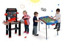 Set detská pracovná dielňa Black+Decker Smoby s vŕtačkou a futbalový stôl Challenger s loptičkami