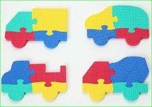 Puzzle din burete Maşini Lee Chyun Chyun în geantă pentru cei mai mici 4 bucăţi