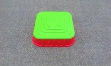 Pieskoviská pre deti - Pieskovisko Starplast štvorcové s krytom objem 60 litrov červeno-zelené od 24 mes_4