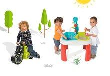 Set stôl pre deti Voda&Piesok 2v1 Smoby s mlynom, otvorom na slnečník a odrážadlo motorka Racing Bike od 18 mesiacov