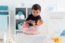 Bábiky od 24 mesiacov - Bábika Emma pije ciká a kúpe sa Mon Grand Poupon Corolle 36 cm s modrými klipkajúcimi očami a 3 doplnky od 24 mes_15