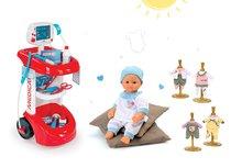 Set lekársky vozík Smoby  zvukový s tlakomerom, bábika Baby Nurse a dvoje šaty pre bábiku