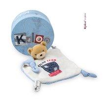 Plyšový medvedík na maznanie Doudou Team Kaloo 20 cm v darčekovom balení pre najmenších modrý