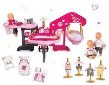 Set domček pre bábiku Baby Nurse Smoby trojkrídlový, bábika, nočný úbor, klokanka, plienky a 3 šaty