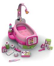 Staré položky - Opatrovateľský kútik pre bábiku Minnie Smoby elektronický s tabletom, 32 cm bábikou a 22 doplnkami_5