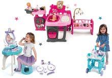 Set domček pre bábiku Baby Nurse Doll's Play Center Smoby a kozmetický stolík Frozen 2v1 a servírovací vozík Frozen XL Tea Trolley