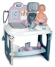 Zdravotnícky pult pre lekára Baby Care Center Smoby elektronický so zvukom a svetlom a bábika s 28 doplnkami