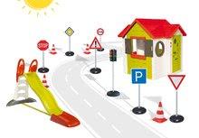 SMOBY 810400-7 kétajtós házikó My House elektronikus csengővel + csúszda XL + automatikus jelzőlámpa+jelző táblák+jelzőbóják 2 éves kortól