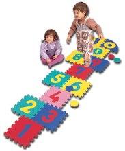 Penové puzzle Hop-Scotch Lee Chyun farebné štvorce s číslami a 4 penové puky v taške 16 dielov