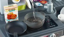 Kuchynky pre deti sety - Set kuchynka Tefal French Touch Bublinky Smoby s magickým bublaním a obedový set so sviečkami_19