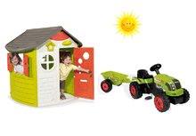 Set domček pre deti Jura Lodge Smoby s dvoma dverami a traktor Claas GM s prívesom od 2 rokov