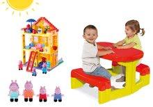 Szett gyerek asztalka Piknik Smoby tárolóhellyel és építőjáték PlayBIG Bloxx Peppa Pig házikóban 2 éves kortól