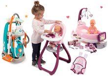 Hry na domácnosť - Set upratovací vozík s elektronickým vysávačom Vacuum Cleaner Smoby a opatrovateľské centrum s bábikou a jedálenskou stoličkou a klokankou_14