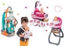 Hry na domácnosť - Set upratovací vozík s elektronickým vysávačom Vacuum Cleaner Smoby a opatrovateľské centrum s bábikou a jedálenskou stoličkou a klokankou_34