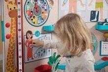 Školní tabule - Lékařská ordinace s anatomií lidského těla Doctor's Office Smoby oboustranná s rentgenem a zrakovým testem a 65 doplňků_9