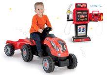 Set benzínová pumpa Cars 3 Smoby elektronická a traktor na šlapání s přívěsem