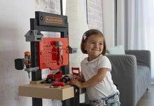 Otroška delavnica - Delavnica Black+Decker Smoby z mehanskim vrtalnikom in avtomobilčkom z 92 dodatki_14