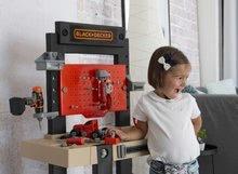 Otroška delavnica - Delavnica Black+Decker Smoby z mehanskim vrtalnikom in avtomobilčkom z 92 dodatki_15