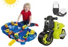Szett bébitaxi kismotor Racing Bike BIG cipővédő huzat és vízi pálya AquaPlay Lock Box 18 hó-tól