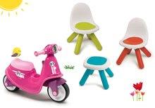 Szett bébitaxi Scooter Pink Smoby gumikerekekkel és KidChair kisszékek asztalkával 18 hó-tól