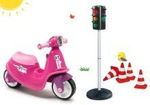 Set babytaxiu Scooter Pink Smoby cu roţi din cauciuc şi semafor cu conuri indicatoare de la 18 luni