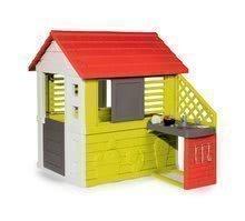 Domček s kuchynkou Nature Smoby červeno-zelený, 3 okná s 2 žalúziami a 2 posuvné okenice s UV filtrom a 17 doplnkami od 2 rokov
