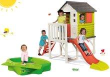 Set detský domček na pilieroch Pilings House Smoby s 1,5 m šmykľavkou a pieskovisko s pevným krytom a vodnou dráhou 138 cm od 2 rokov