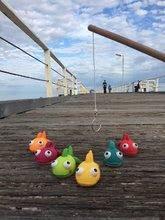 Hry na rybára - Drevená rybárska udica Fishy Janod so striekajúcimi rybami od 24 mes_7