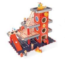 Fa tűzoltóállomás Story Set Janod emeletes 10 fa kiegészítővel