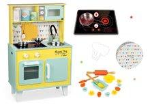 Set drevená kuchynka pre deti elektronická Happy Day Janod zelená a formičky na pečenie