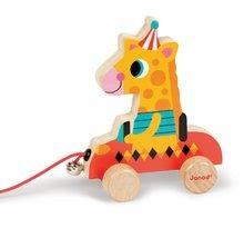Dřevěná žirafa Janod zvířátko z cirkusu na tahání se zvonkem od 12-36 měsíců