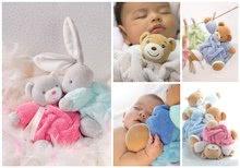 Hračky pre bábätká - Plyšový zajačik Plume-P'tit Lapin Rose Musical Kaloo spievajúci 18 cm v darčekovom balení pre najmenších ružový_3