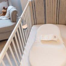 Hračky pre bábätká - Hniezdo na spanie Cocoonababy® Red Castle pre bábätká s doplnkami biele od 0 mesiacov_8