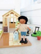 Fa babaházak  - Fa figura kutyussal Mr. Forrester Tender Leaf Toys csikos trikóban_0