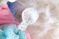 Kaloo plyšový zajačik na maznanie Plume Doudou 969563 šedo-krémový