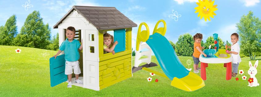 Detský domek a skluzavka