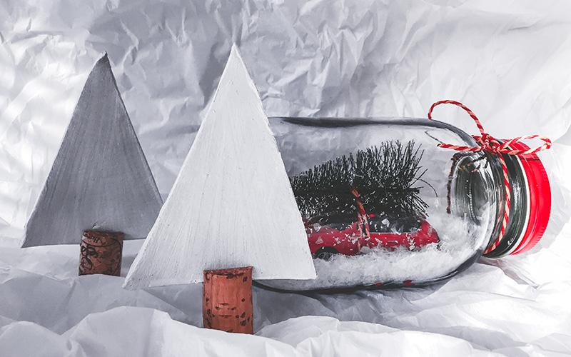 Božične dekoracije gozd