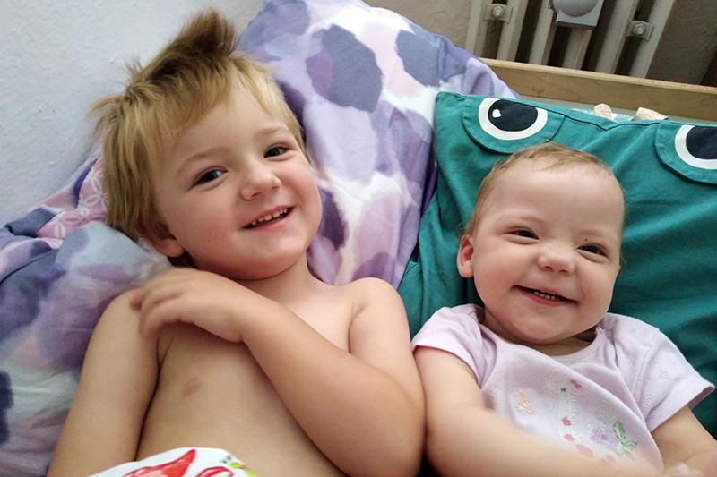 Dvema otrokoma Gašper in Ana