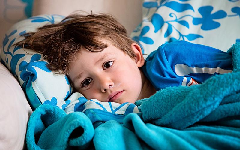 Gripa otroci postelja