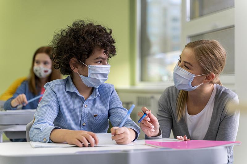 Koronavirus skola ruska