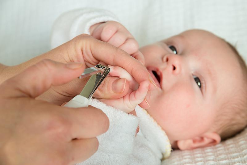 Strihanie nechtíkov bábätko